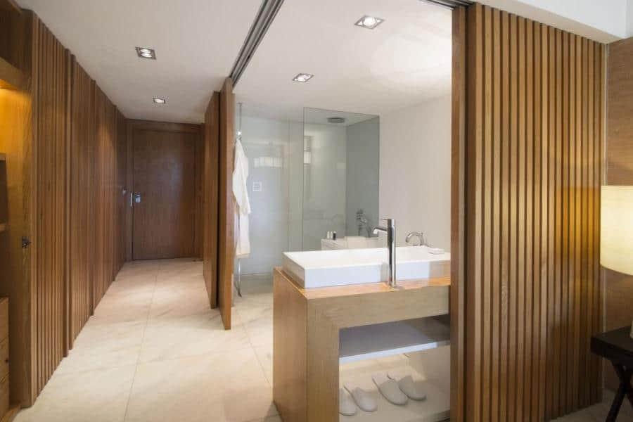 Anantara-Vilamoura-Bathroom