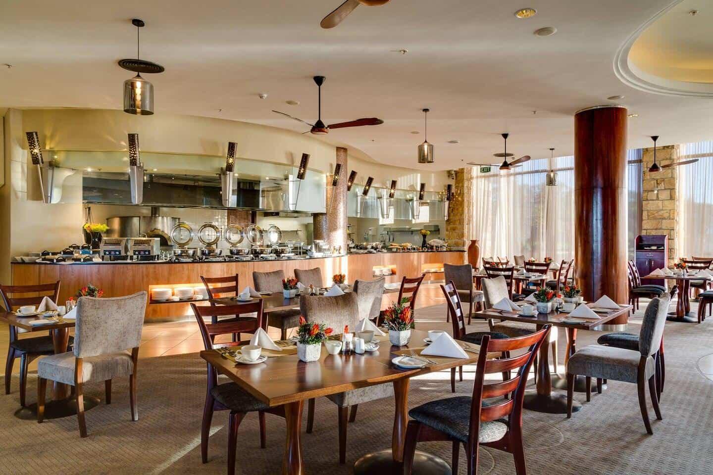 Arabella-Hotel-Jamani-Buffet