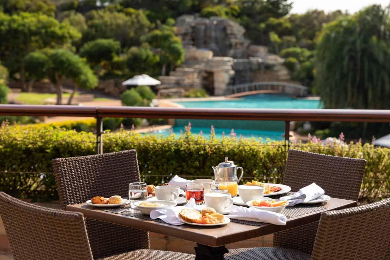 Arabella-Hotel-Jamani-Restaurant-Terrace
