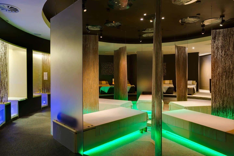 Arabella-Hotel-Massage-Beds