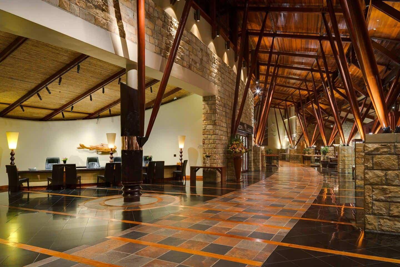 Arabella-Hotel-Reception