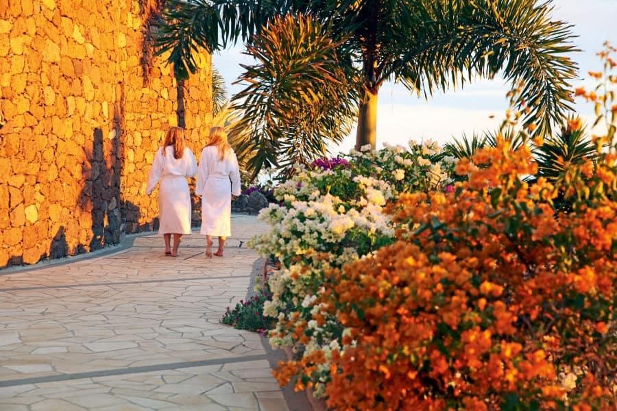 Casa-Leon-Garden-