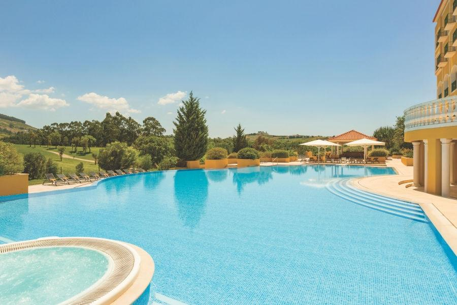 Dolce-Campo-Real-Pool-Area