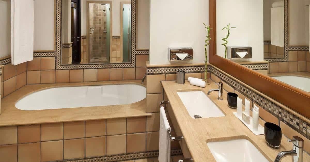 Melia-Hacienda-del-Conde-Bathroom