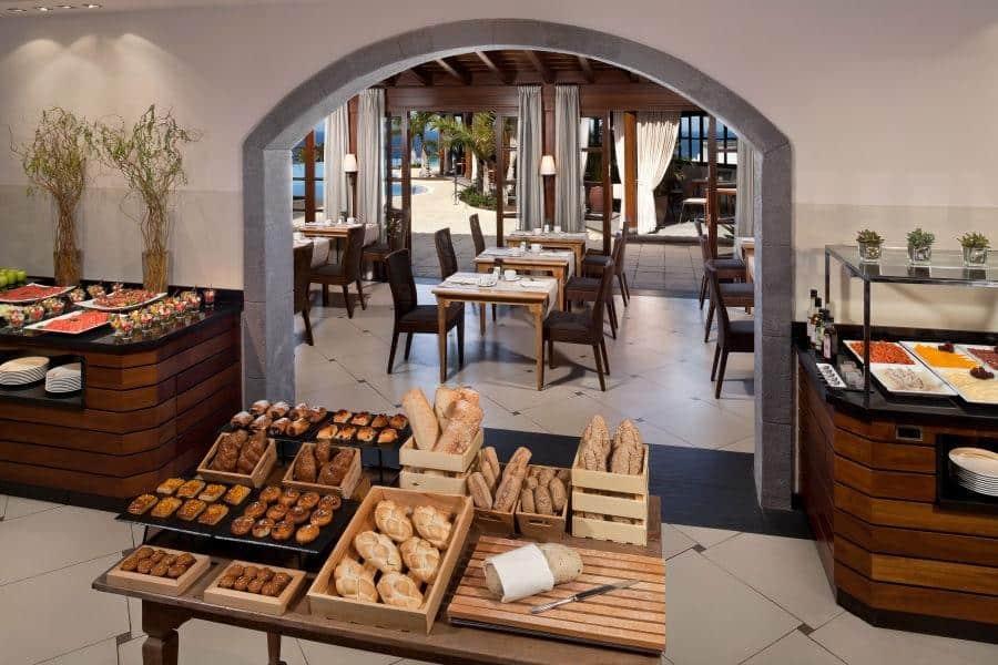 Melia-Hacienda-del-Conde-Buffet-Restaurant