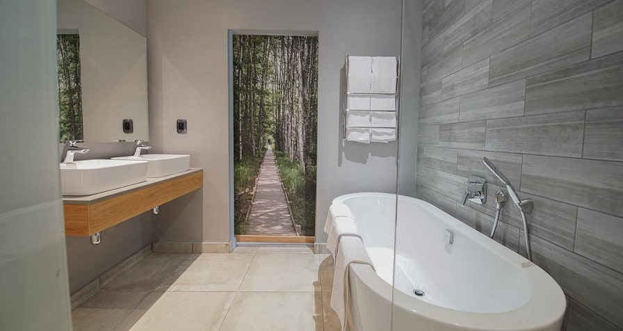 Silver-Forest-Badezimmer