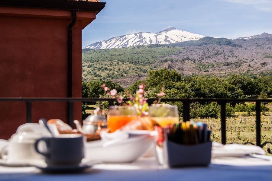 Il-Picciolo-Etna-Breakfast-overlooking-Mount-Enta