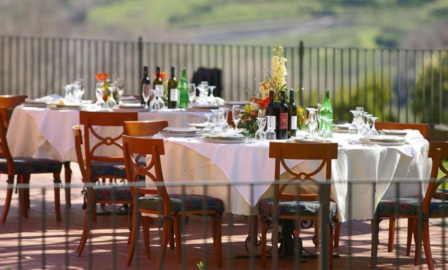 Il-Picciolo-Etna-Restaurant-Terrace