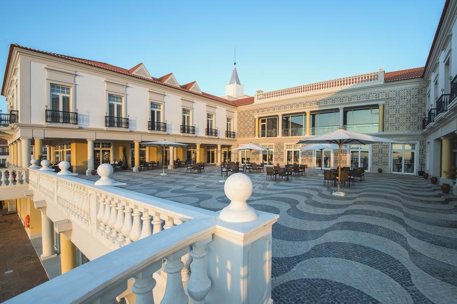 Marriott-PDR-Tempera-Restaurant-Terrace