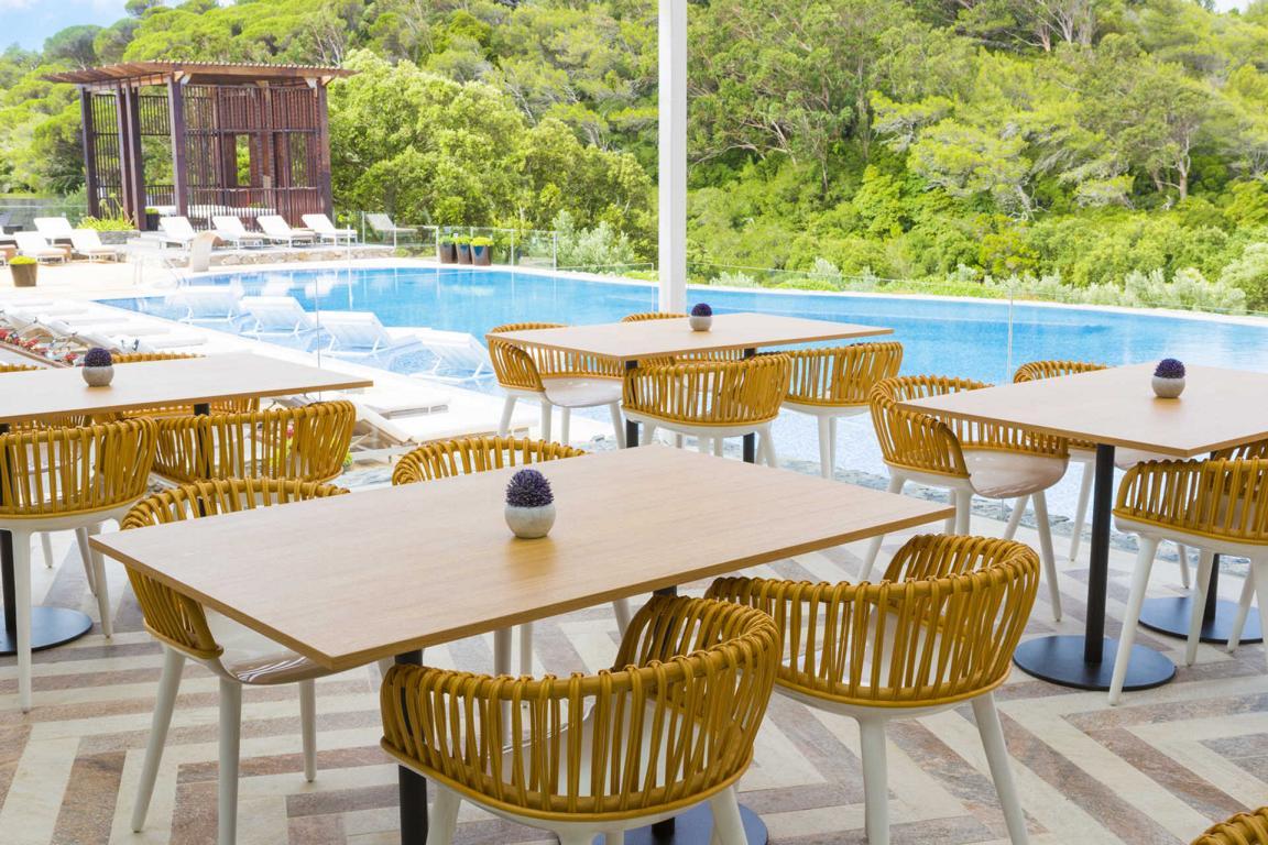 Penha Longa Aqua Restaurant & Pool Bar Terrace